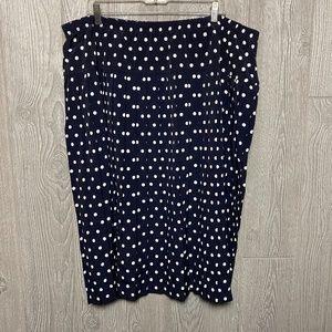 Dresses & Skirts - Black and White polka dot skirt - PLUS SIZE